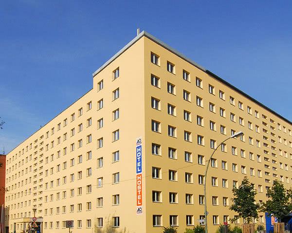 Schulfahrten A&O Berlin Mitte- Außenansicht