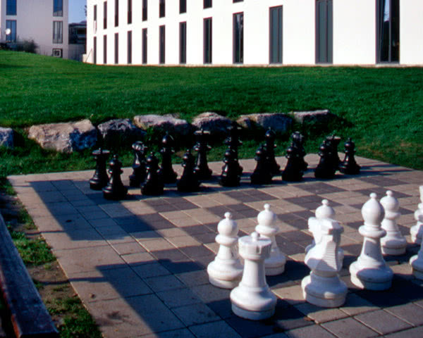 Kursfahrt Jugendherberge Konstanz: Open-air Schach
