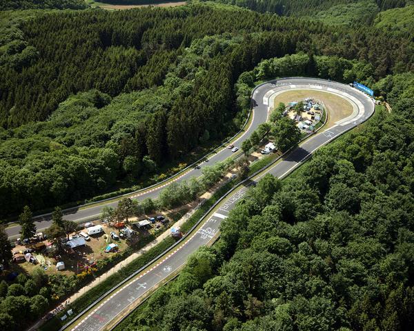 Der Nürburgring ist gerade in Rheinland Pfalz ein beliebtes Ausflugsziel.