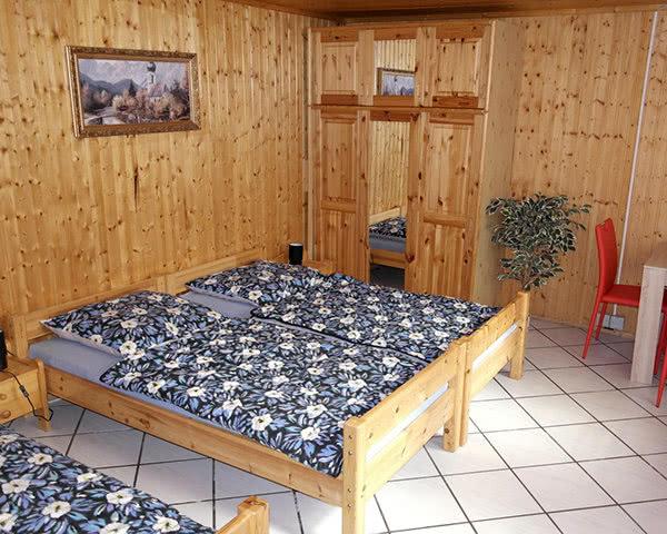 Abschlussreise Kinder- und Jugendcamp Naundorf: Mehrbettzimmer