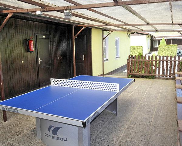Jugendreise Kinder- und Jugendcamp Naundorf: Tischtennis
