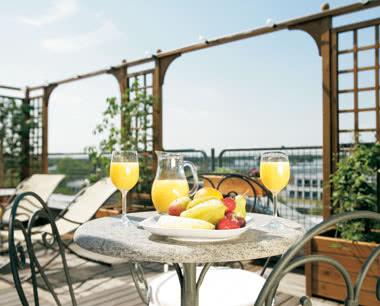 Studienfahrt Steigenberger Hotel Frankfurt-Langen- Dachterrasse