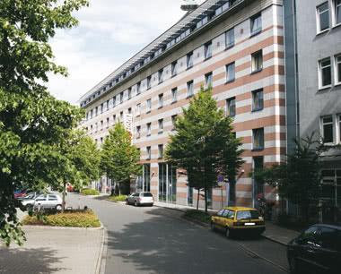 Klassenreise InterCityHotel Nürnberg- Außenansicht