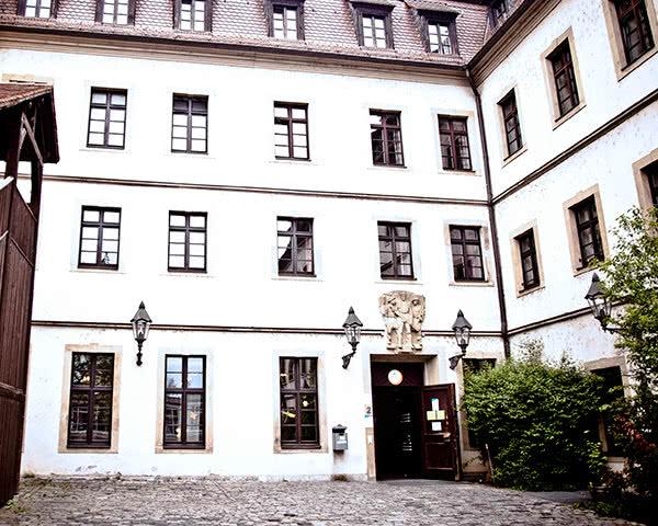 Klassenfahrt Jugendherberge Würzburg- Außenansicht