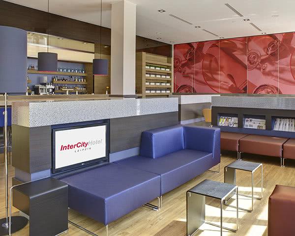 Jugendfahrten InterCityHotel Leipzig- Lounge
