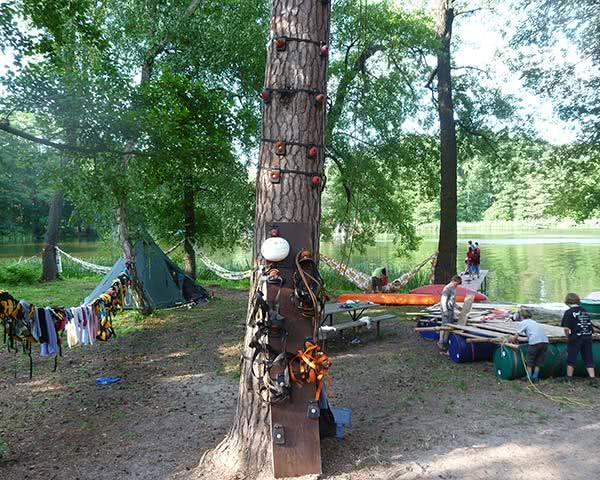 Jugendreisen KIEZ Hölzerner See: Monkey Kletterbaum
