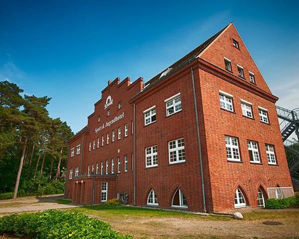 Sport- und Jugendhotel Schawi - Haupthaus