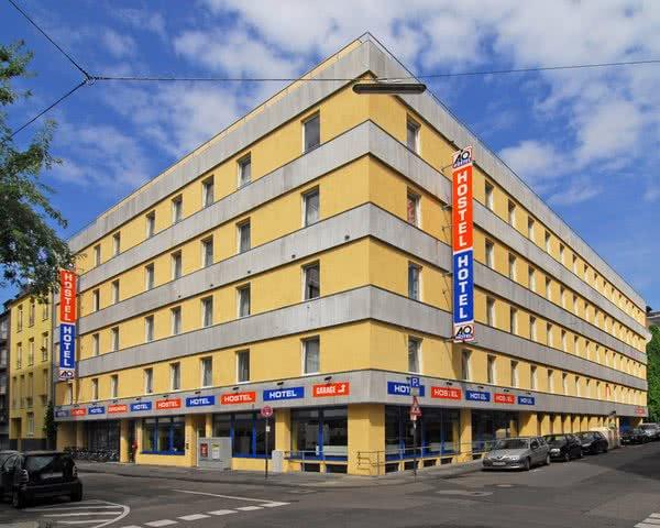 Schulfahrt A & O City Hostel Köln- Außenansicht