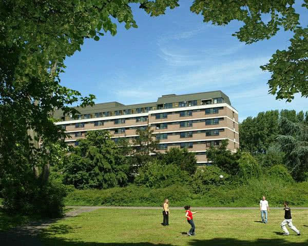 Kursfahrt Jugendherberge Köln-Rieh: Außenansicht