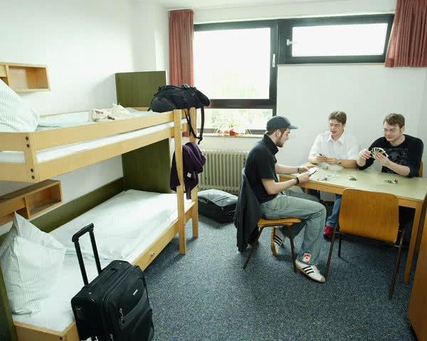 Schulfahrt Jugendherberge Köln-Deutz- Zimmerbeispiel