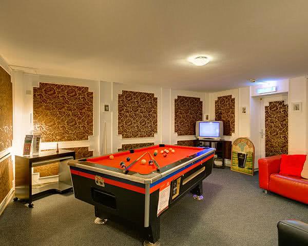 Schülerreise Meininger Hotel City Center: Gameroom