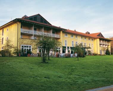 Klassenreise Steigenberger Hotel Deidesheim- Außenansicht