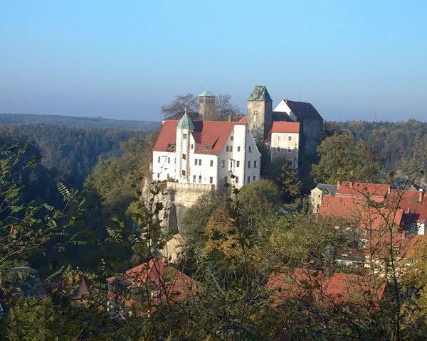 Klassenreise Burg Hohstein: Burgansicht