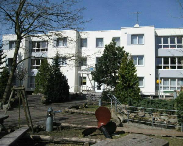 Schulfahrt Hotel Am Meer Karlshagen- Außenansicht