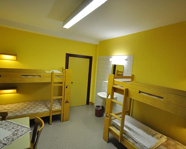 Jugendfahrten Hotel Drei Bären- Zimmerbeispiel