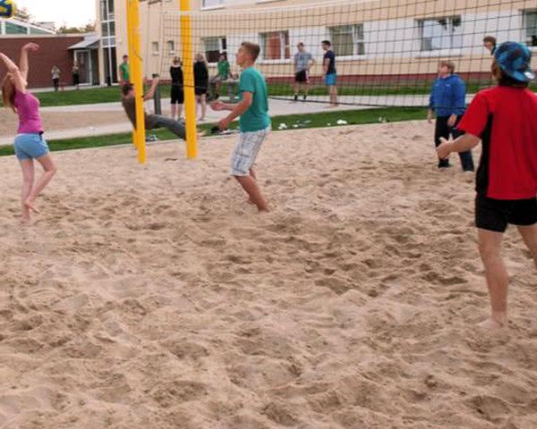 Abschlussreise Jugendherberge Wolfsburg: Beachvolleyball