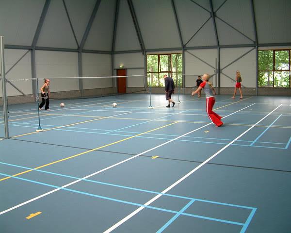 Schulreisen Ferienpark Heino: Badminton