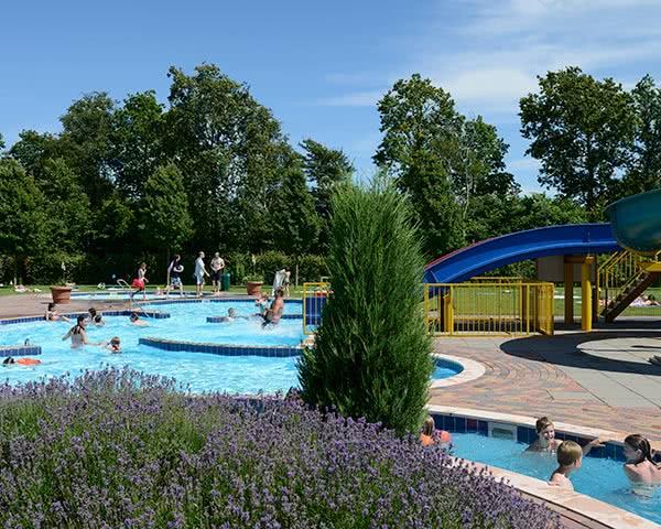 Abireise Ferienpark Kamperland: Poolanlage