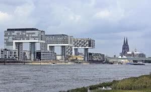 Außergewöhnliche Architektur am Hafen