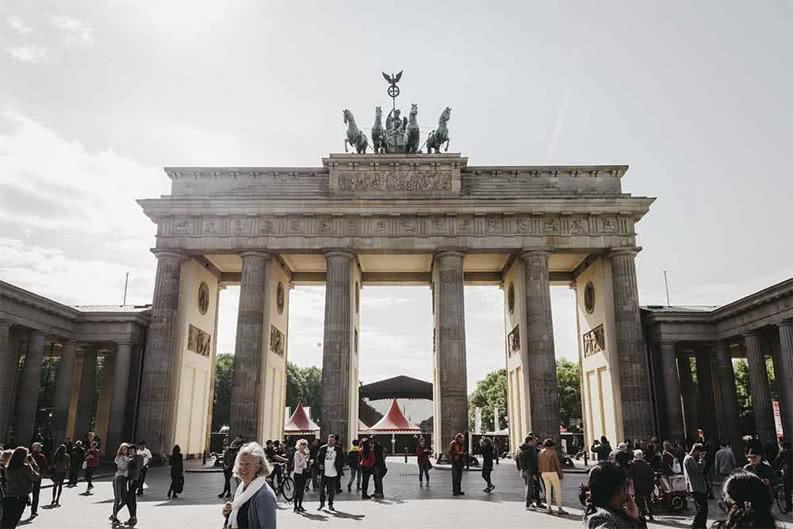 Klassenfahrt zum Brandenburger Tor