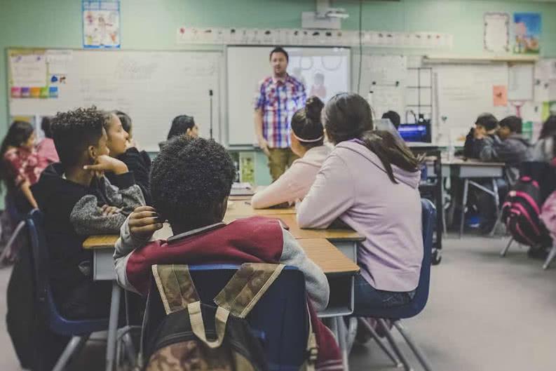 Klassenfahrt-Checkliste mit Schülerinnen und Schülern planen